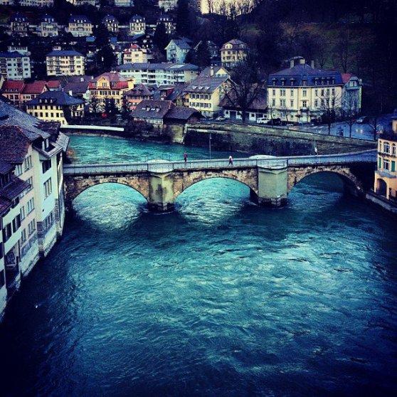 Berna con el río Aar