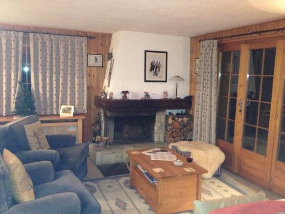 Interior de una cabaña en Verbier