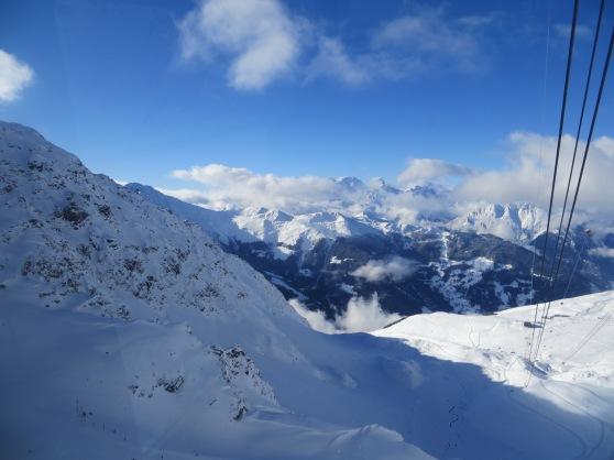 Mont-Fort pico de 3330 msnm en Los Alpes suizos