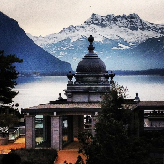 Vista de los Alpes desde Montreux, Suiza