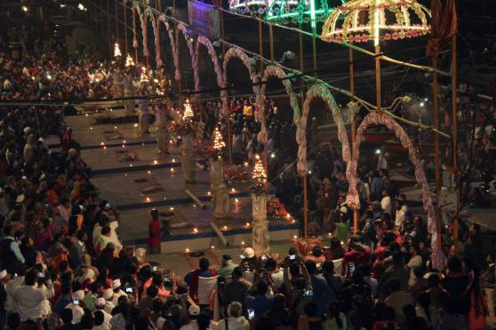 Celebración religiosa Varanasi