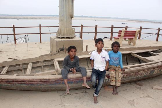 Niños Varanasi
